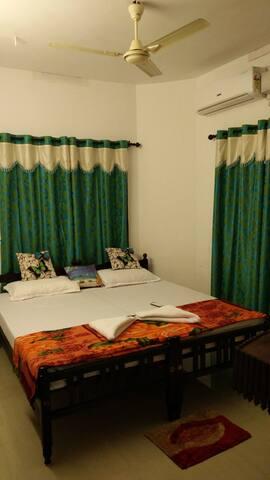 Paul's Homestay, Pattalam Road, Fortkochi, kerala - Кочи - Дом