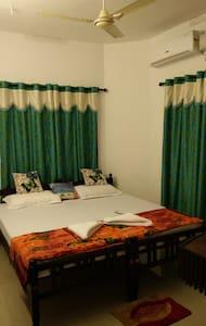 Paul's Homestay, Pattalam Road, Fortkochi, kerala - Kochi - Dom