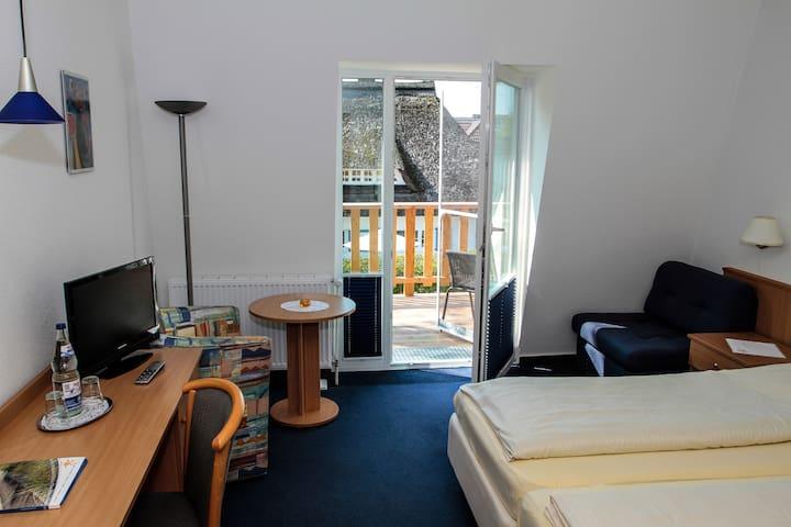 freeSteil, Hotel garni