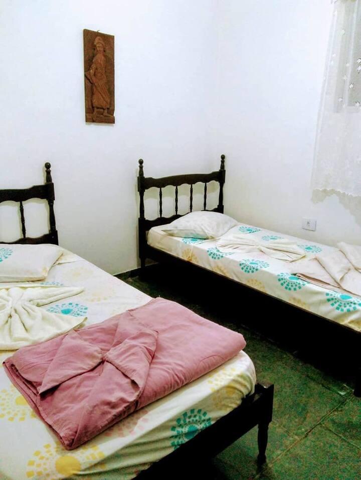 Hostel Fé...Licidade - Suíte 11 - Itanhaém/SP