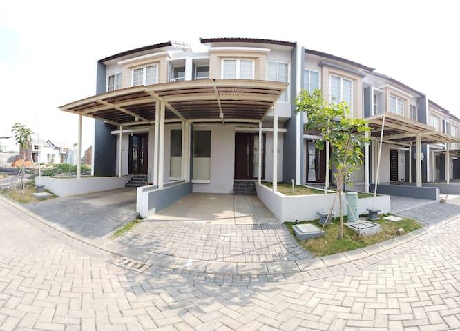 Jasmine Villa at Araya Malang