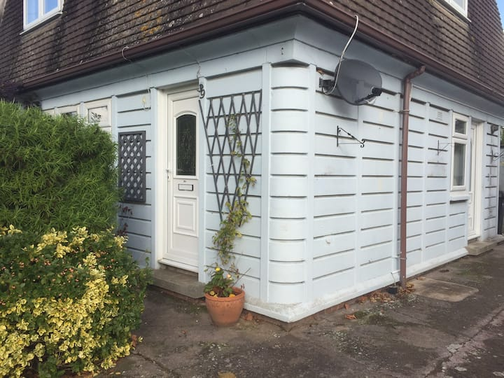 Semi Detached Home, ideal for long/short city stay