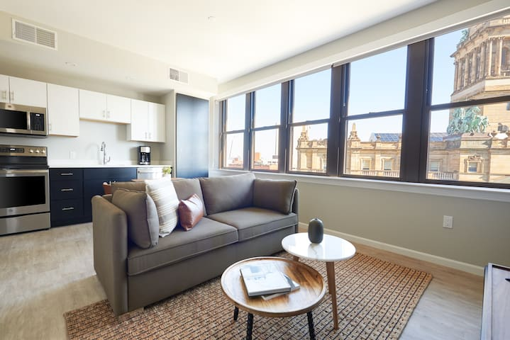 Sonder | The Randolph | Sun-Filled 1BR