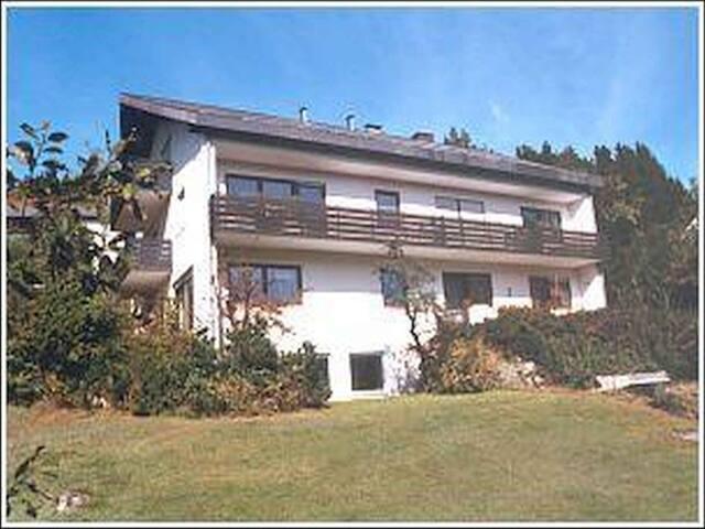 Haus Lucia Volz, (Schönwald), Ferienwohnung 1/2, 70 qm, 1 Schlafzimmer, max. 4 Personen
