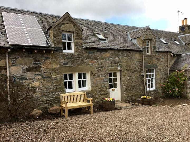 Croftness Bothy- 1 bedroom luxury