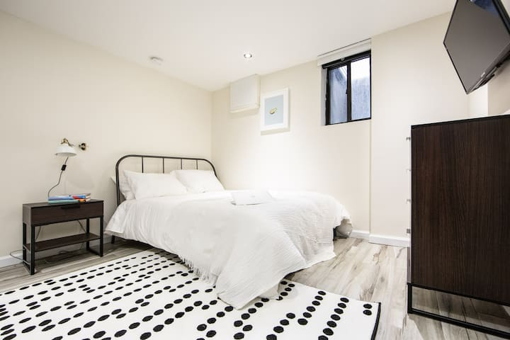Private Beautiful Bedroom in Prime Bushwick!
