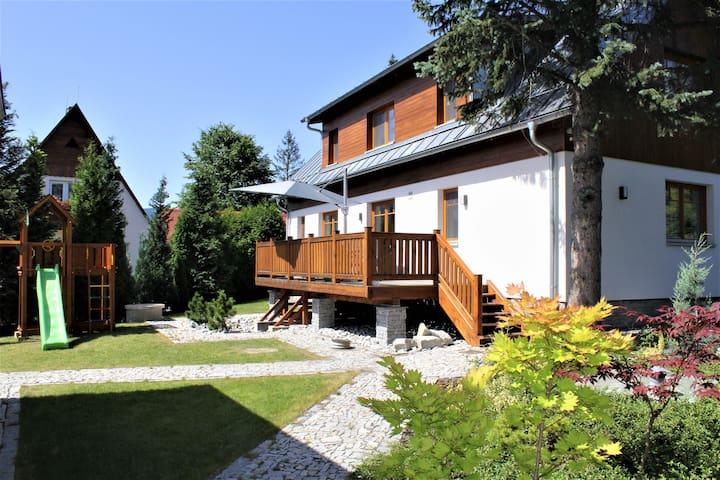 Vila Apalucha49 v Čeladné - 12 osob