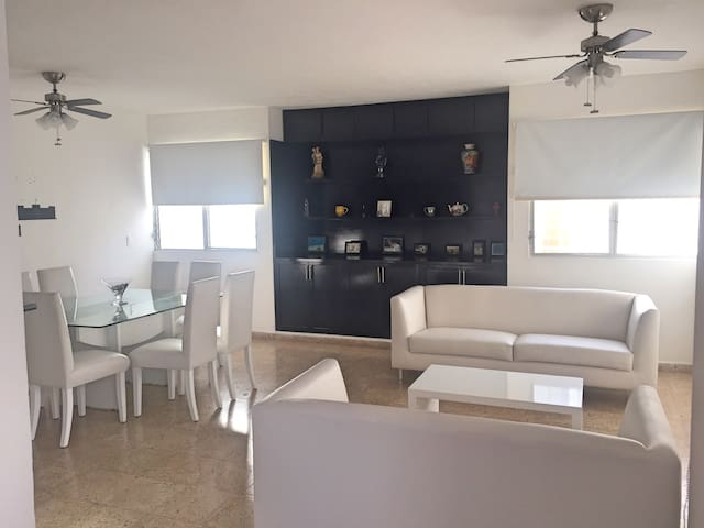 PRIVATE AND COZY HOME ON EXCELLENT LOCATION - Cozumel - Huis