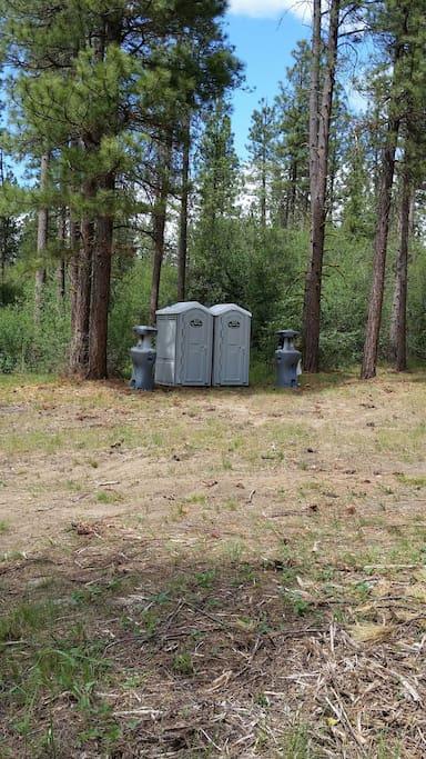 Porta potties & Wash stations