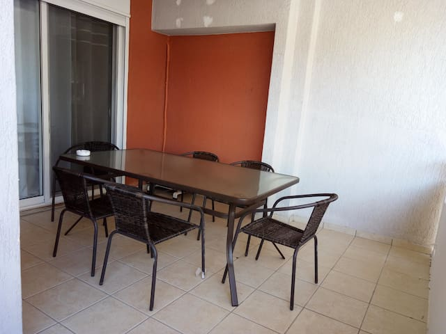 A&J Apartments3 near Athens airport El. Venizelos - Markopoulo Mesogeas - Apartamento