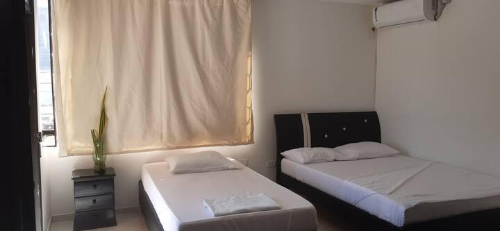 Yosu Hostal habitacion #3 (3 personas)