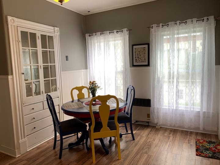 Central Littleton two bedroom