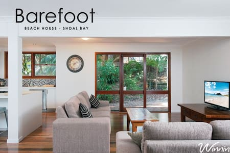 Barefoot Beach House - Shoal Bay - Dom