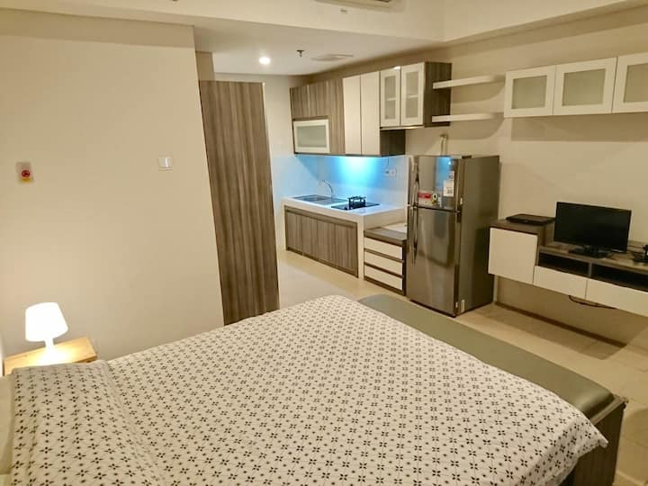 Studio at Altiz Apartment near Bintaro Plaza