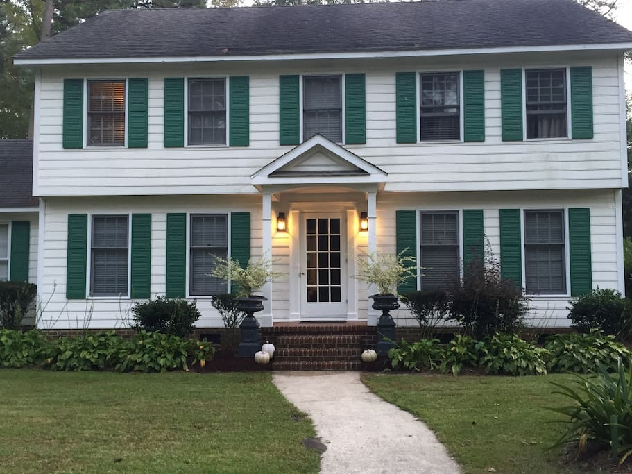 Antler House is a  colonial-style home in a quiet subdivision of Greenville, coonvenient to everything!