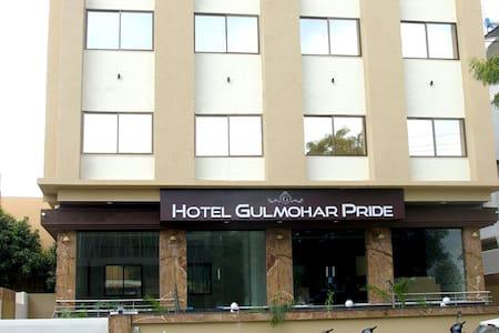 HOTEL GULMOHAR PRIDE - Non AC Room