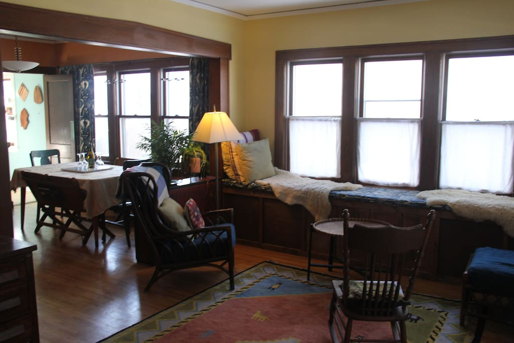 Open Layout with Dining Room just off Living Room - Piano in the Dining Room!