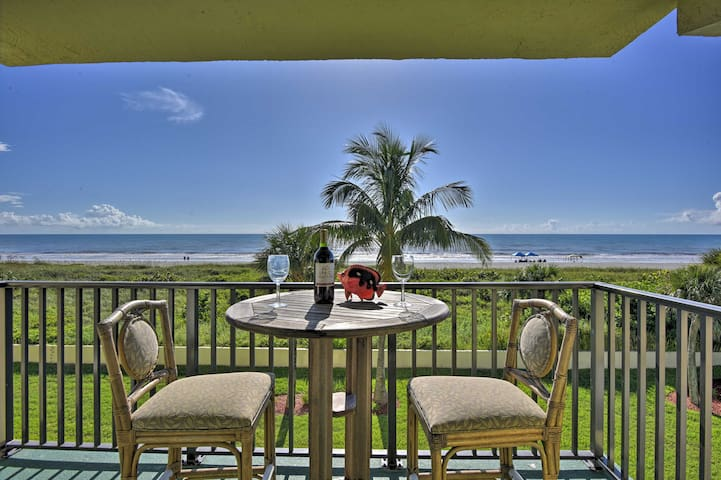 NEW! Oceanfront Cocoa Beach Resort Condo w/Balcony