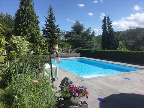 Le chalet du Couret avec piscine