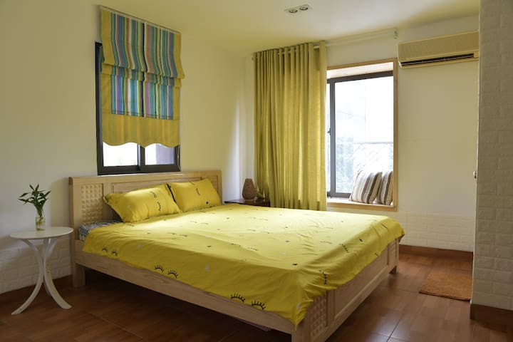Cosy Room with Big window and great view (Tinka 3)