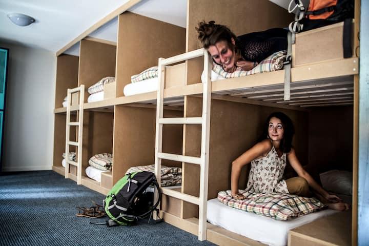 Deux lits en boxroom de 14 places