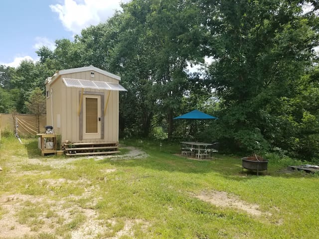 Experience Tiny Living only 3 Miles to Athens