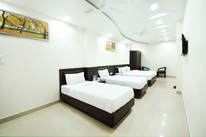 Hotel Flora Haridwar By Royal Collection