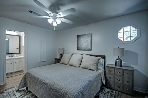 Close to I-55 & Restaurants | Ideal for Long Stays
