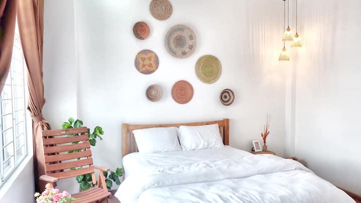 Boho Room In The Cocoin Host & Snackbar