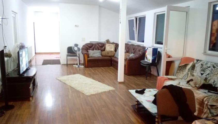 Apartament 4 camere Costinesti