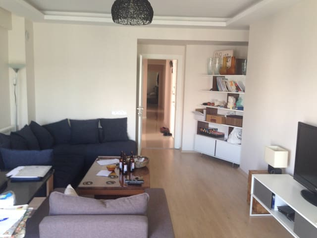 New, cozy, lovely private room in the city center