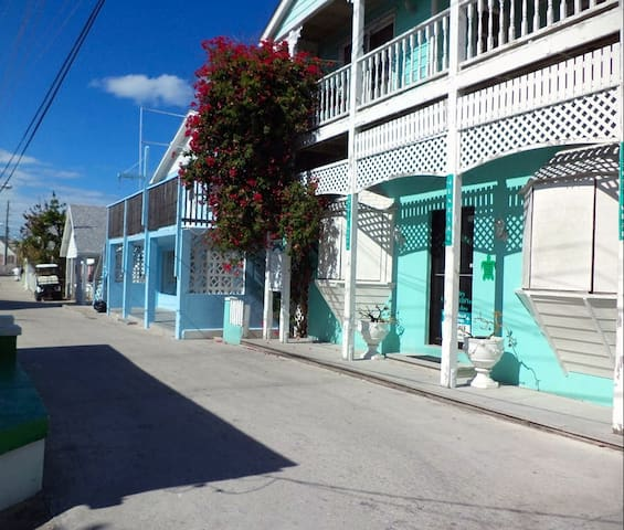 Waterview 2 BR/2BA Condo, Greent Turtle Cay, Abaco - Green Turtle Cay - Kondominium
