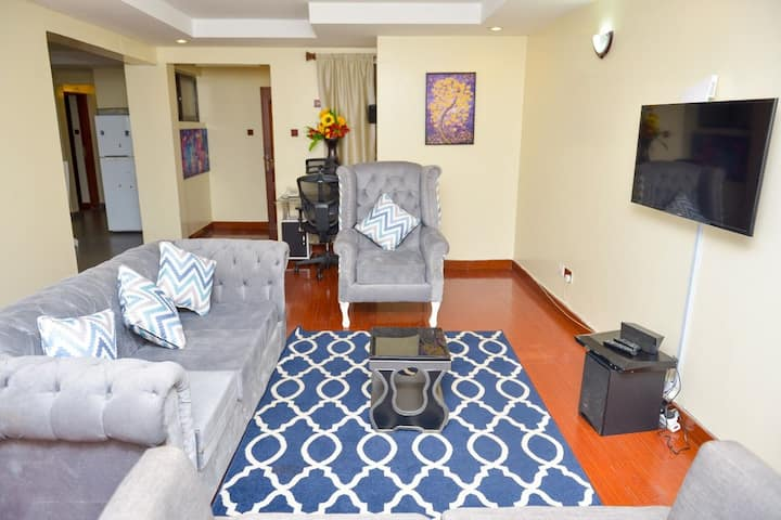 NYALI ENSUITE-BEACH 2MINS WALK,GYM,SWIMPOOL+AC