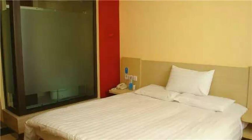 汉庭超值短租、月租房 - Liaoyang - Apartamento