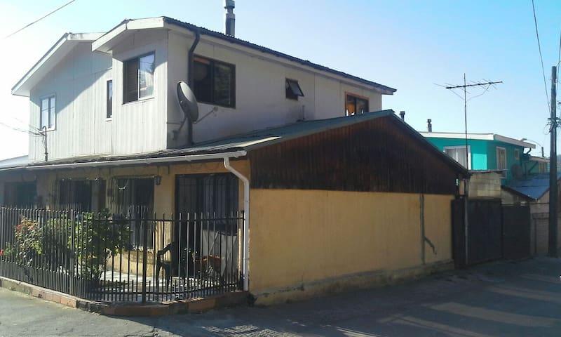 Casa Familiar en Concepción, Chile (chiguayante) - Chiguayante - House