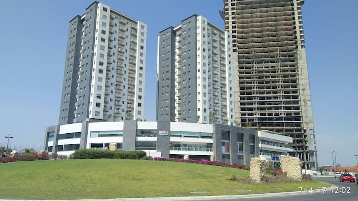 Torre Nueve, Apartamento 1501 Sonata  Towers