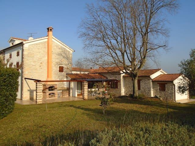 """Villa  """" San """" - Kaldanija - House"""