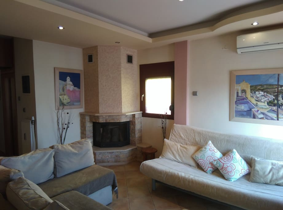 Penthouse of 50cm2 with great view and spacious balnocy. In picture you can the livingroom.