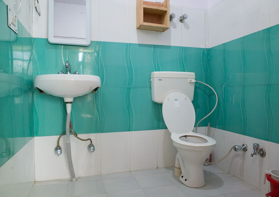 Bathroom with 24/7 hot water