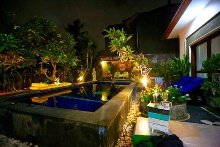 D$G Artistic Villa 2BR + Pool - Kuta - Vila