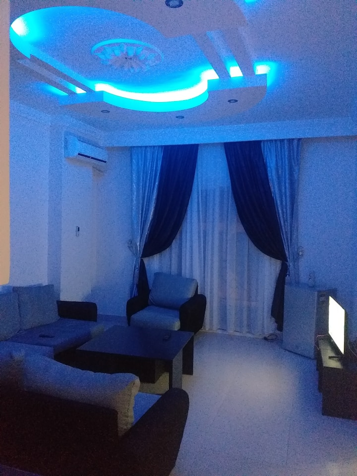 Apartmen with pool in Sheraton plaza  Marina 301