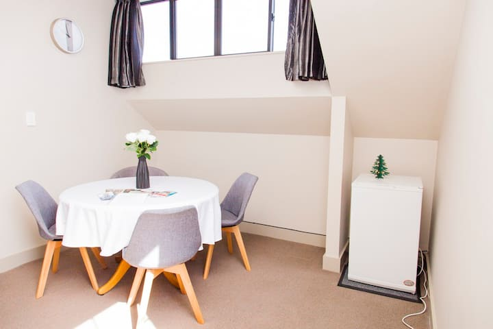 Spacious modern Apartment with beautiful views