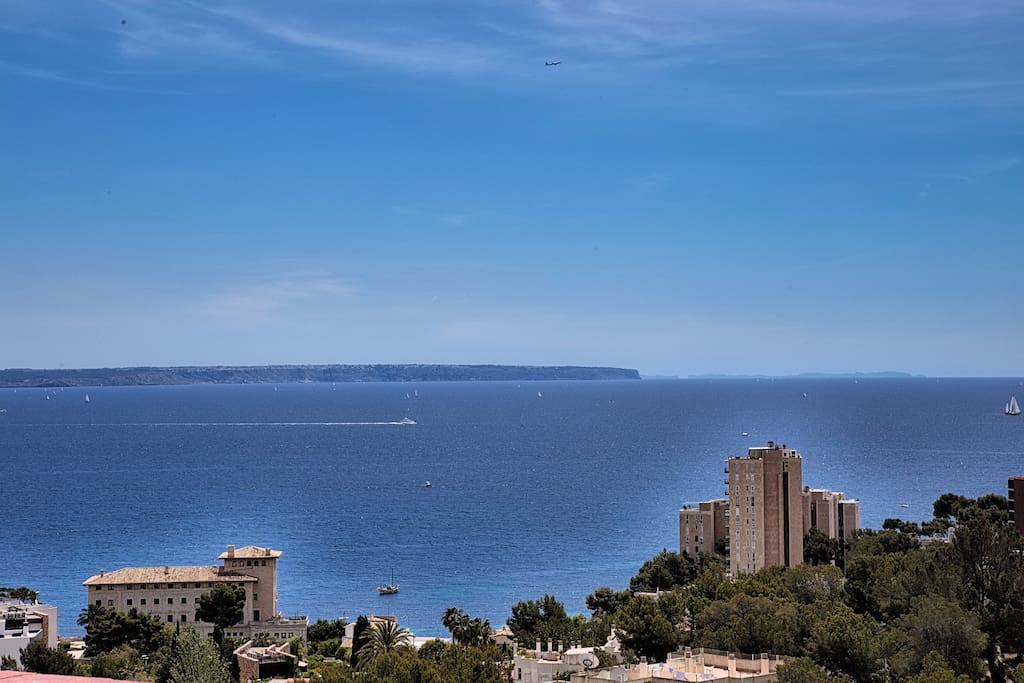 SOAK IN UNMATCHED & SWEEPING VIEWS OF THE MEDITERRANEAN WHILE REVELING IN THE QUIET OF YOUR SURROUNDINGS!