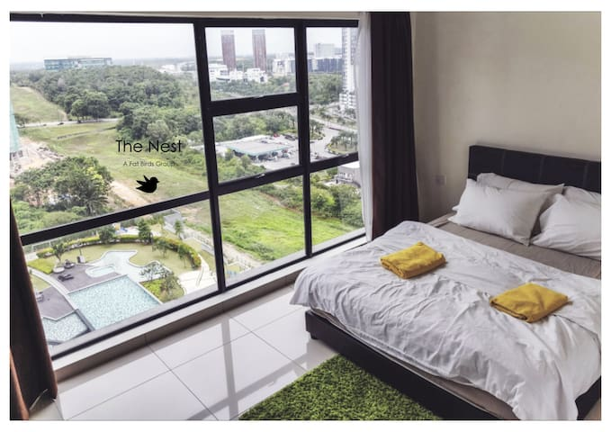 1-Stunning pool view Hyve soho/Wifi/Netflix/1114