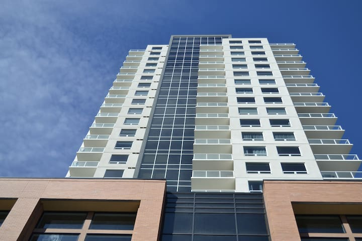 One bedroom Corporate suite in heart of downtown