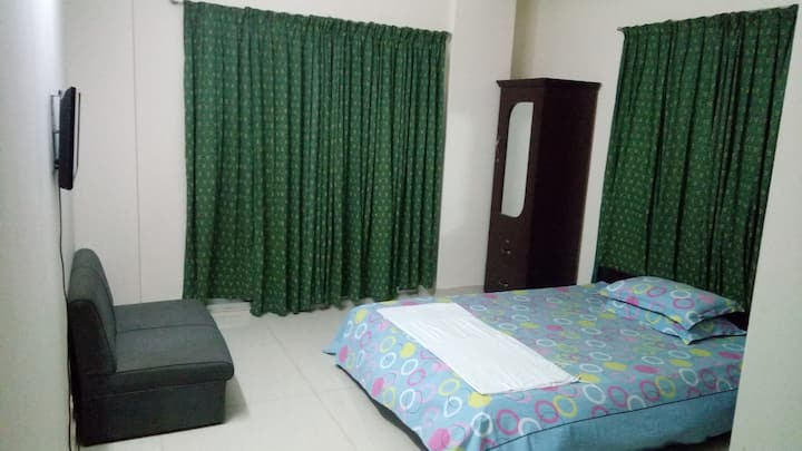 Clean secured room &hospitable host