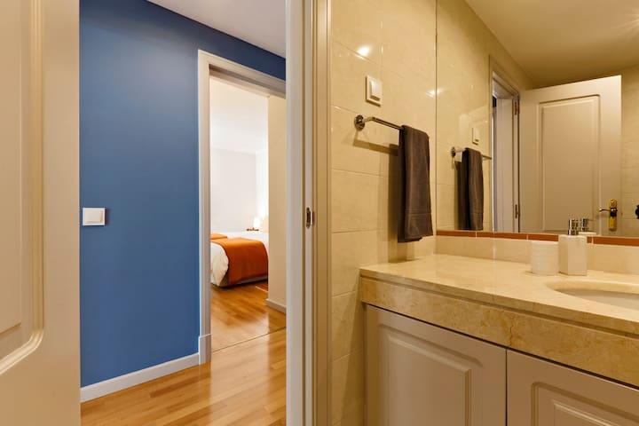 WC2 - Bathroom