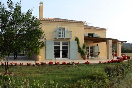 """Villa """"Erato"""" at """"AlieisEstate"""""""