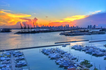Sea-front luxury apartment in south beach - Miami Beach