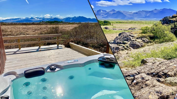 Two Luxury Houses for 16 Guests with HotTubs